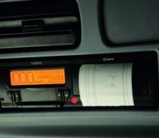 Instalação de tacógrafo digital